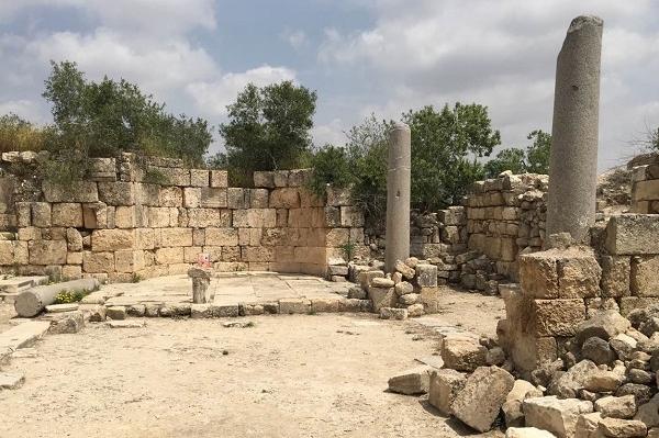Место усекновения Главы Иоанна Предтечи. Православная Самария