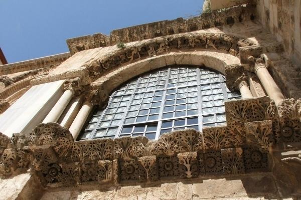 Фасад Храма Гроба Господня. Рыцарский Иерусалим 7 часов