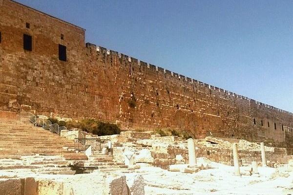 Раскопки рядом с Храмовой Горой. Исторический взгляд на Иерусалим